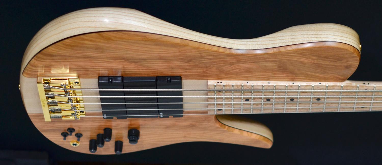 fodera nyc imperial richard bona five string bass chestnut top 2016 second hand bass guitar. Black Bedroom Furniture Sets. Home Design Ideas