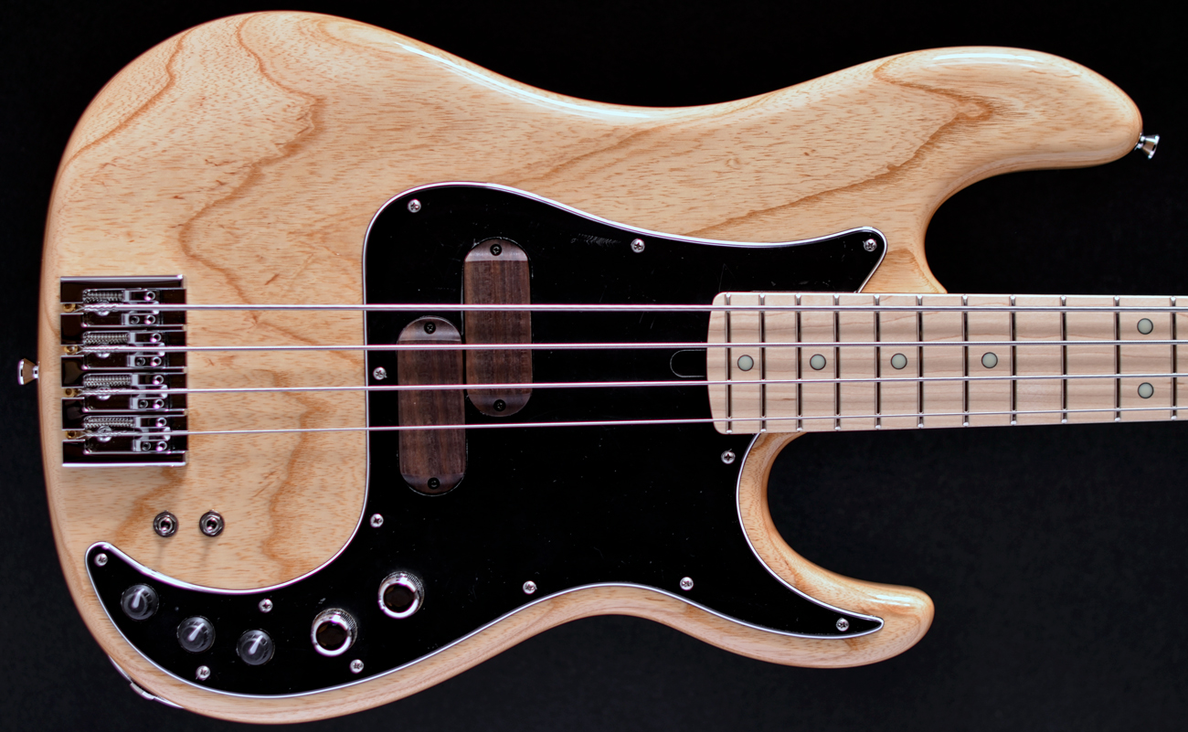 Xotic Xp 1t 4 Four String Bass Natural Swamp Ash Maple